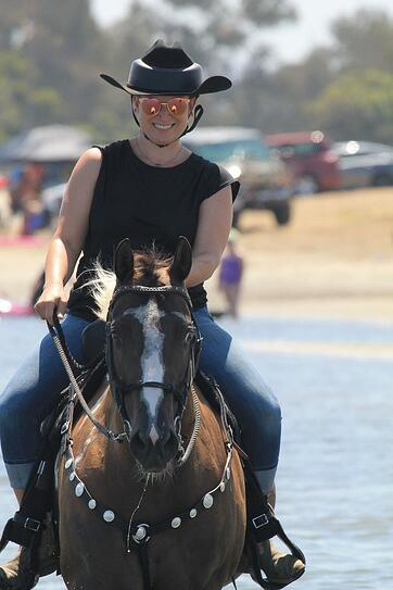 Marion horse back riding