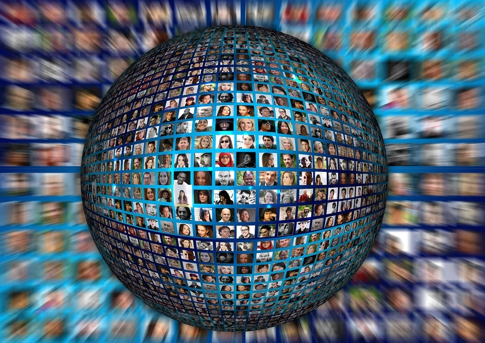 global humans connected through translation