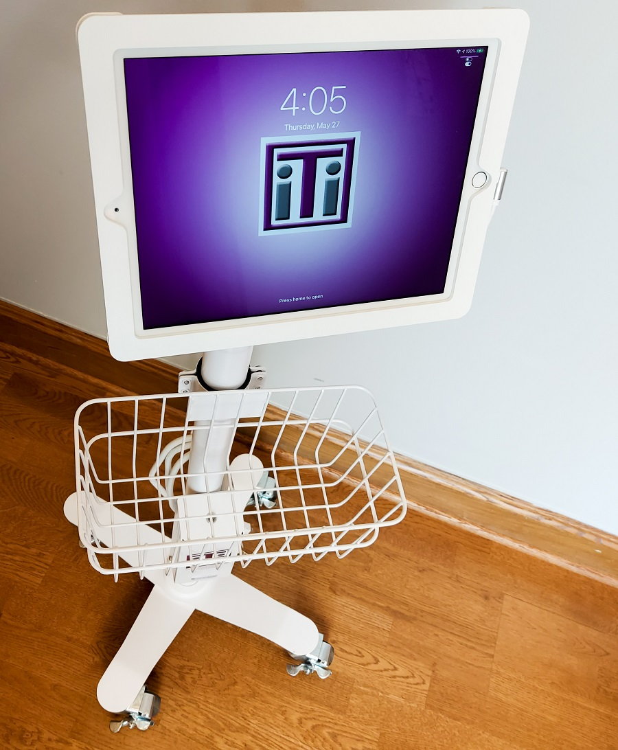 video remote interpreting cart
